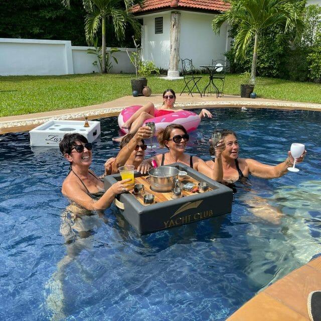 Bar flottant Yacht Club
